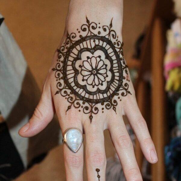 Birth-Aims-Henna-Tattoo-Blessingway-Mothers-Circles-Womens-Circle